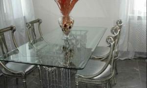 Где заказать мебель из стекла?