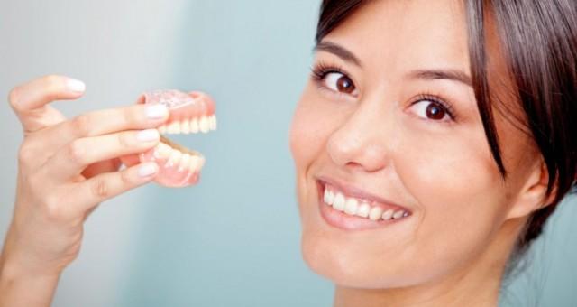 Протезирование передних зубов. Куда обратиться по этому вопросу?