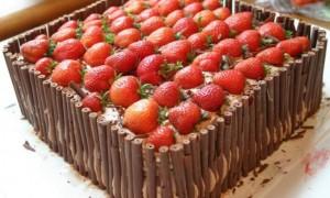 Где в СПб заказать торт для корпоратива?