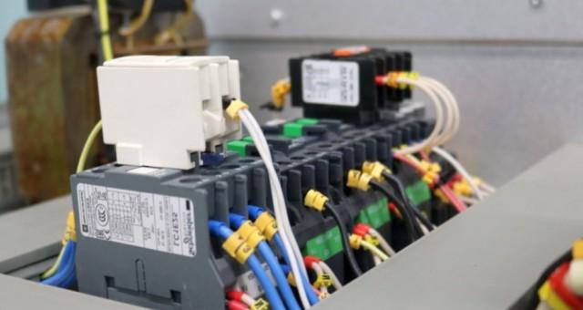 Где можно заказать качественные электротехнические услуги?